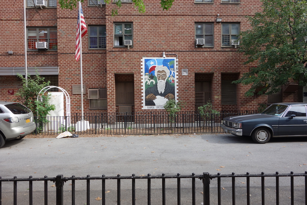 A mural on the side of a Betances building on 146th Street depicts the project's namesake, Emeterio Betances. | Photo by Susanne Schindler